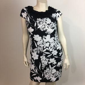 Alfani L Dress Stretchy Floral summer short sleeve